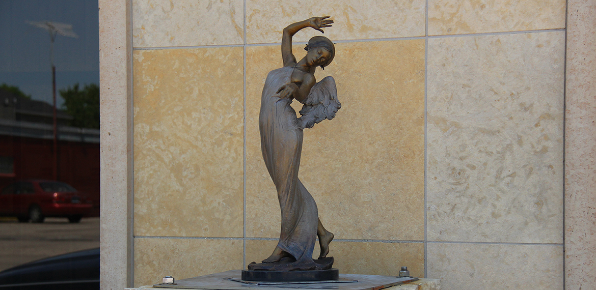 Photo: An Angel Anchored in the Art Nouveau
